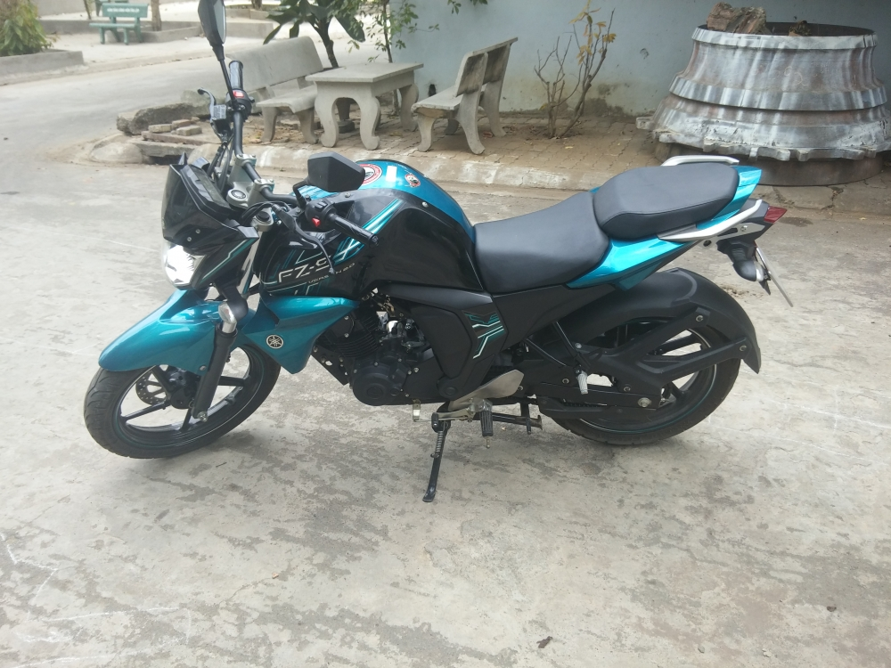 Can ban fzs v2 2015 - 2