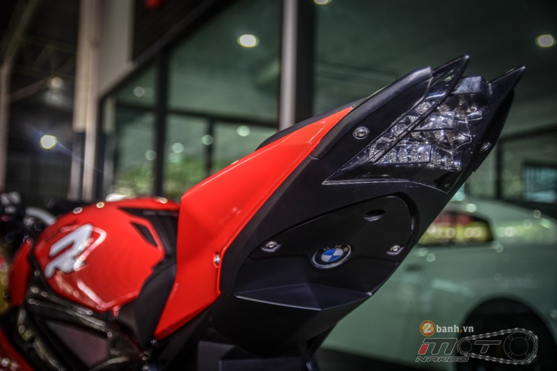 Chiem nguong chi tiet chiec BMW S1000R do cuc chat - 20