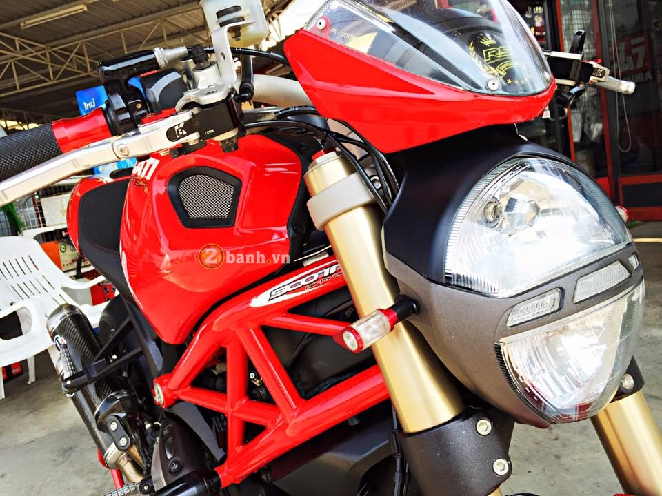 Ducati Monster 1100 do nhe day tinh te cua biker Thai - 2