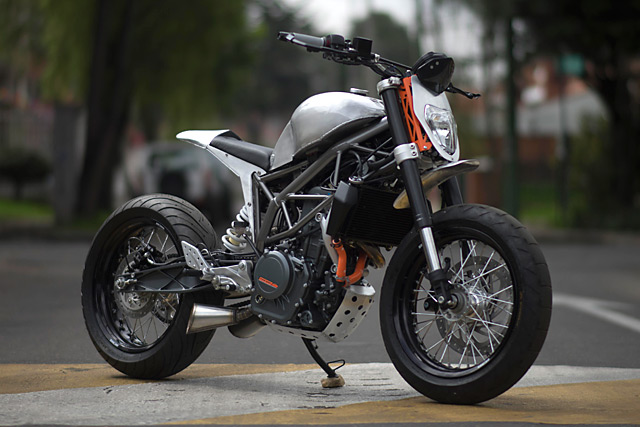 KTM 390 Duke do kich doc voi phien ban Mui Ten Bac - 6