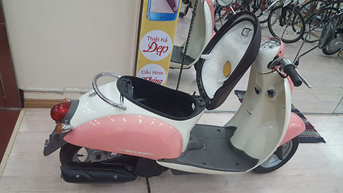 LO HANG XE MAY HONDA SCOOPY VA CREA MOI VE - 20