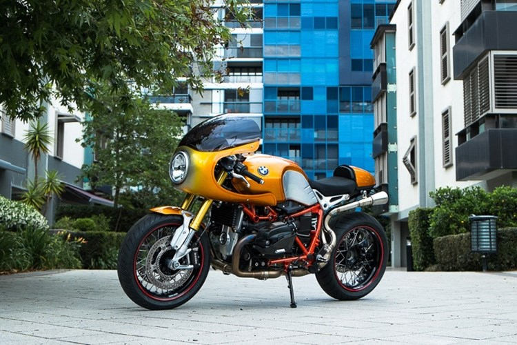BMW R Nine T noi bat voi ban do xe dua Cafe Racer co dien - 3