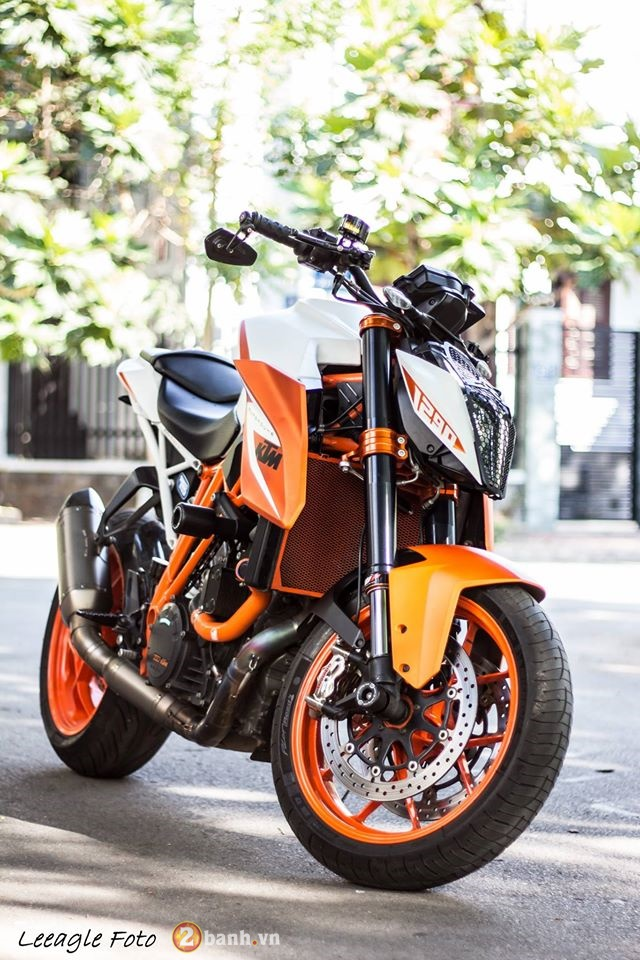 KTM Super Duke 1290 do cuc chat tai Sai Gon - 2