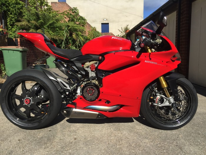 Ducati 1299 Panigale voi ban do khung nhat hien nay - 8