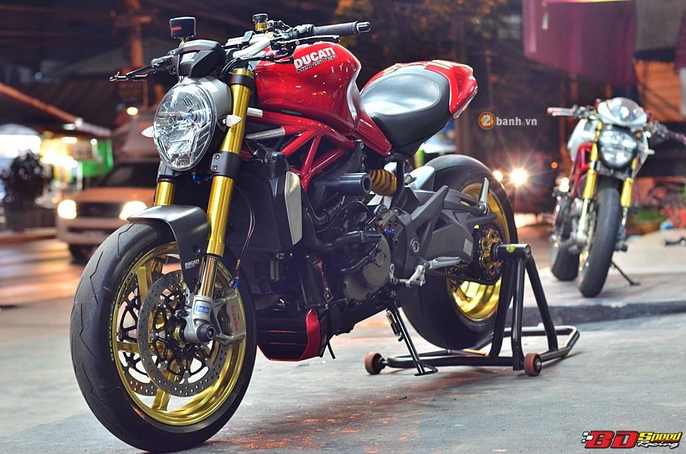 Ducati Monster 1200S do phong cach cung ve ngoai day an tuong - 6