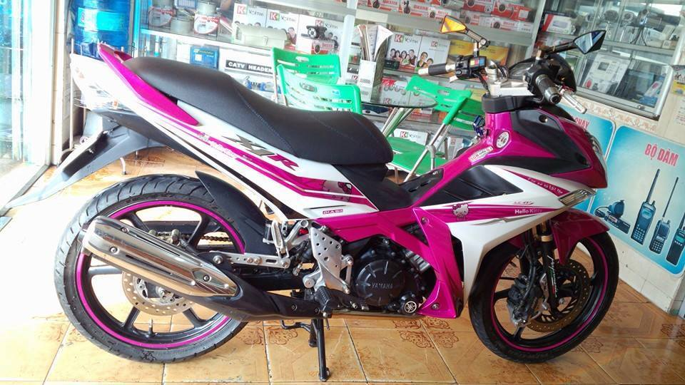Exciter 135 do X1R phong cach Hello Kitty ca tinh - 2