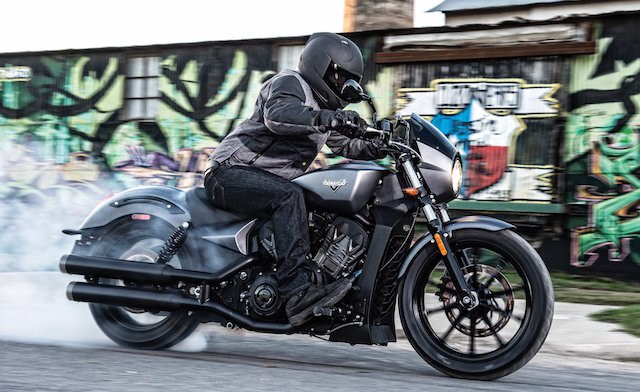 Victory ra mat dong xe Cruiser the thao Octane 1200 nham canh tranh voi Harley VRod