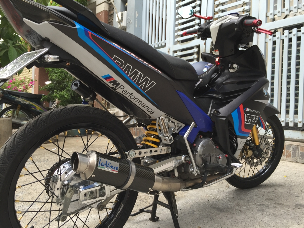 Yamaha Exciter 135 con tu dong don nhe 1 vai chi tiet