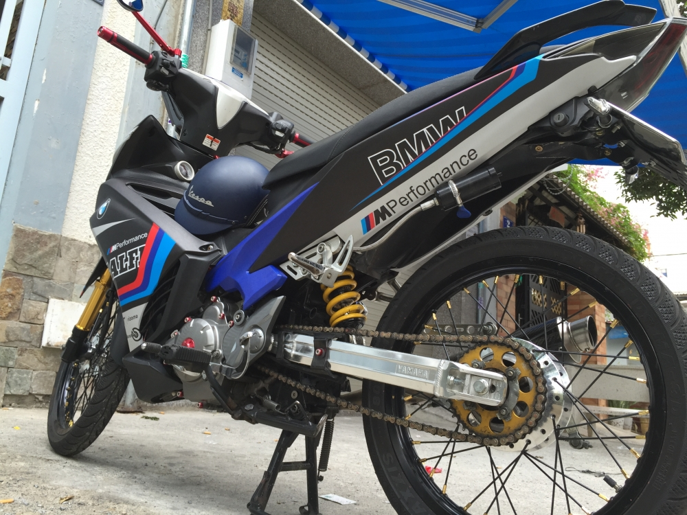 Yamaha Exciter 135 con tu dong don nhe 1 vai chi tiet - 2