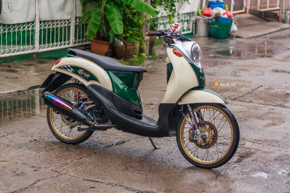 Yamaha Fino do sieu chat voi dan do choi hang hieu - 13
