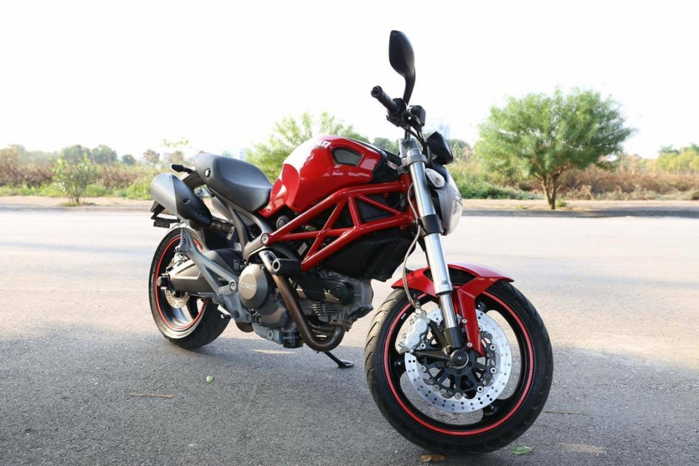 Ban Ducati 795 245tr co fix Lien He 01292707195 - 2