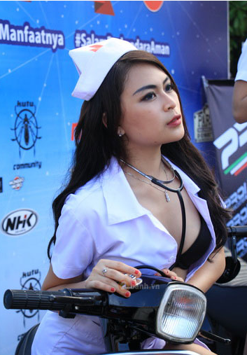 Bo anh hot Vespa Sprint so dang cung Y Ta cuon hut - 4
