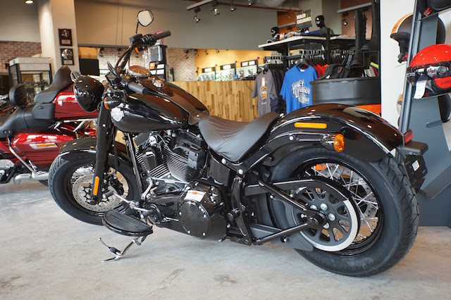 Can canh HarleyDavidson Softail Slim S 2016 gia gan 1 ty dong tai VN - 2