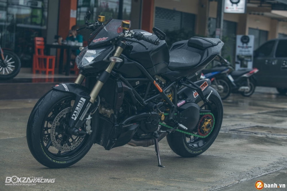 Sung so truoc ve dep sieu ngau cua Ducati Streetfighter 848 do tu Thai - 2