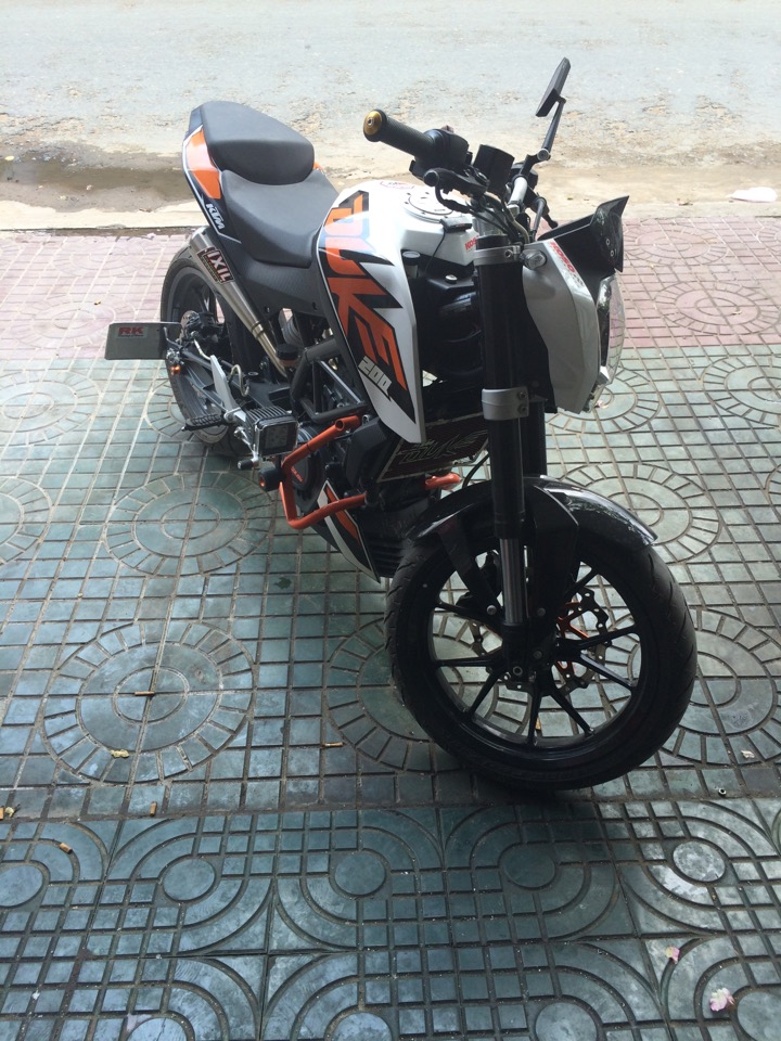Ban gap KTM duke 200 no ABS gia re