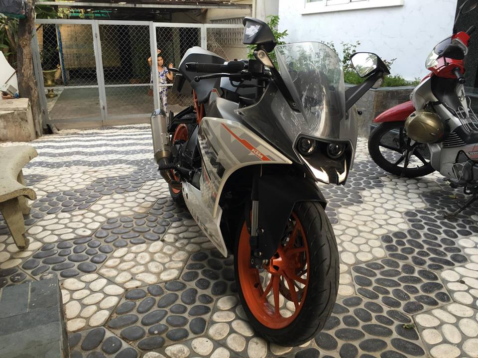 Can ban KTM RC390 Date 2015 - 2