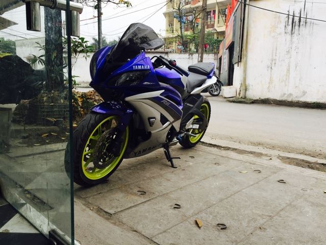 Can canh Yamaha R15 do dan ao R6 cuc ngau - 2