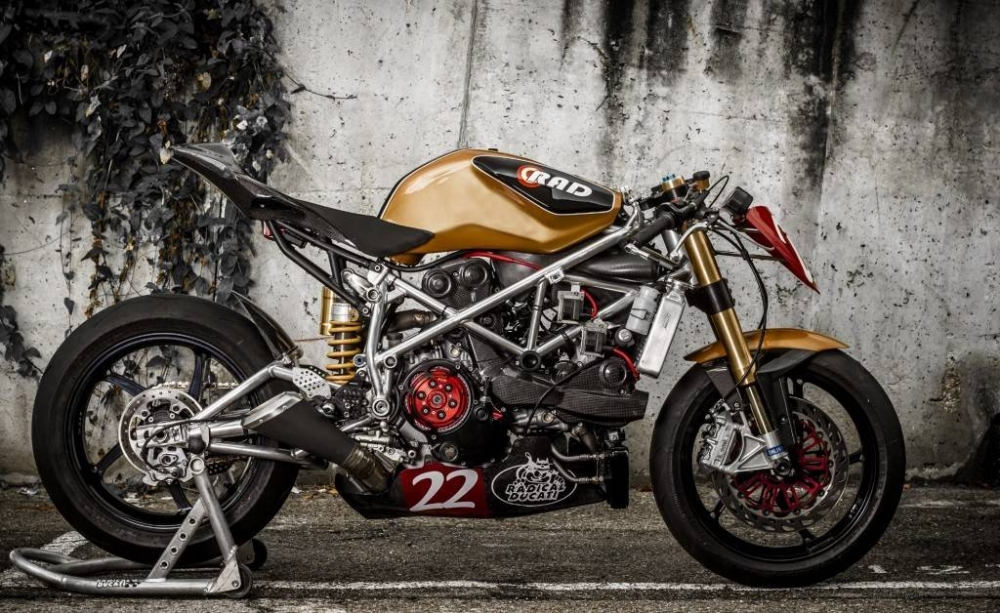 Ducati 1198 do phong cach Cafe Racer cuc chat - 2