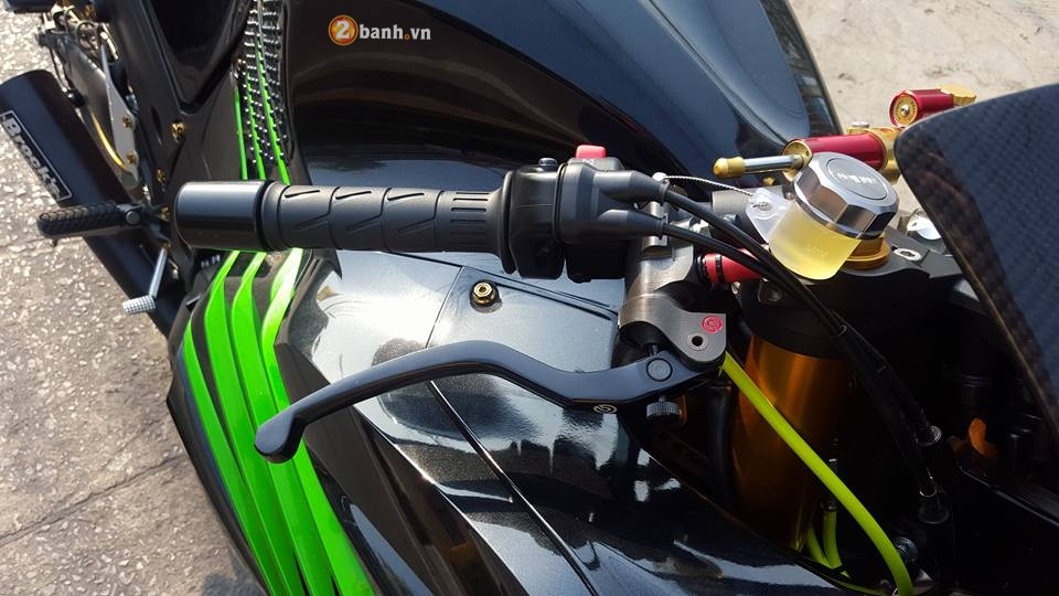 Kawasaki ZX14R do chat lu ben canh do choi hang hieu - 3