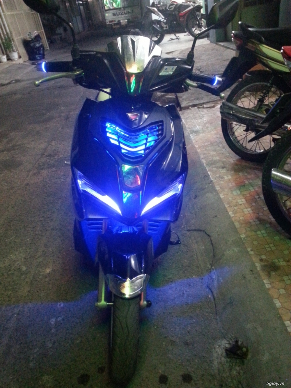 Mat na do den kieu SH cho Air Blade 2016 350k - 2
