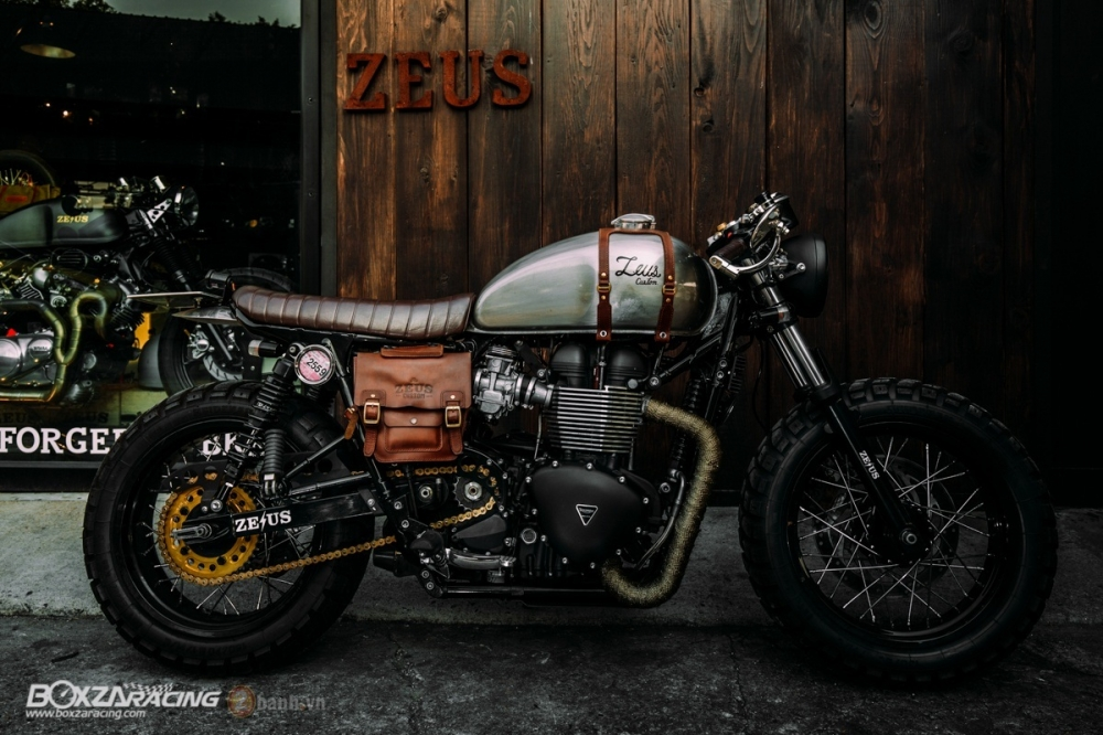 Tuyet tac Triumph Bonneville SE Black do Cafe Race tu Zeus Custom - 2