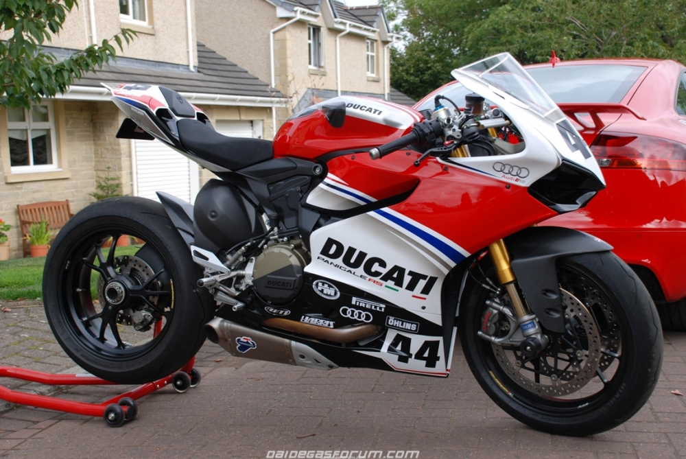 Ducati 1299 Panigale ban do cua Audi Racing - 6