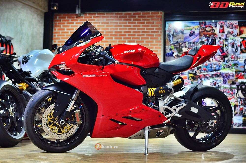 Ducati 899 Panigale day tuyet hao cung dan option dat tien