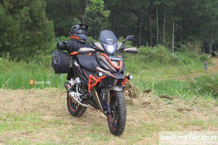 Honda Winner do an tuong voi phong cach Adventure - 2