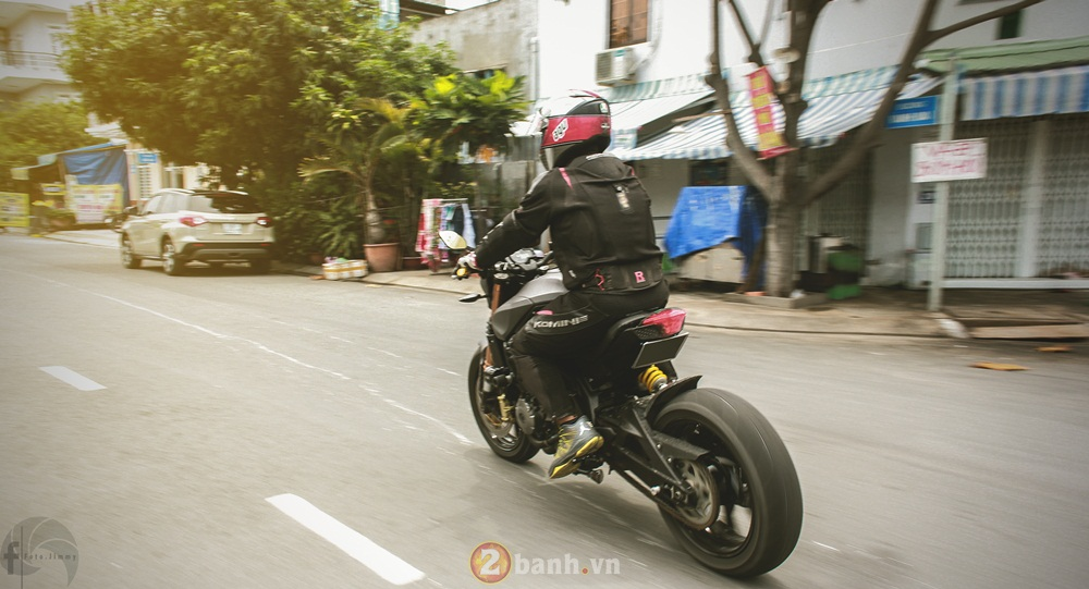 Benelli BJ600GS lot xac theo phong cach Dragster day ca tinh - 12
