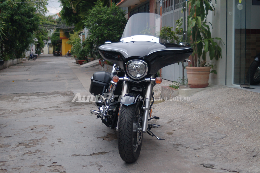Can canh hang hiem Yamaha V Star 1300 Deluxe vua duoc nhap ve VN - 2