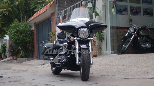Can canh hang hiem Yamaha V Star 1300 Deluxe vua duoc nhap ve VN - 4