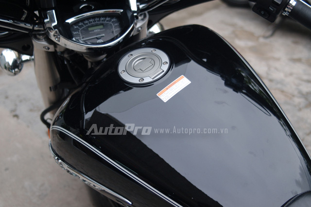 Can canh hang hiem Yamaha V Star 1300 Deluxe vua duoc nhap ve VN - 18