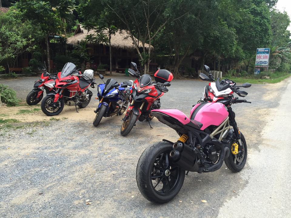 Ducati Monster 1100 EVO day noi bat voi bo canh hong ca tinh - 4