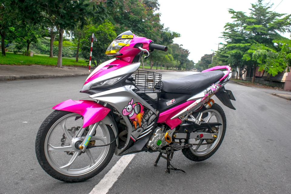 Exciter 135 day ca tinh voi phien ban Action Pig - 5