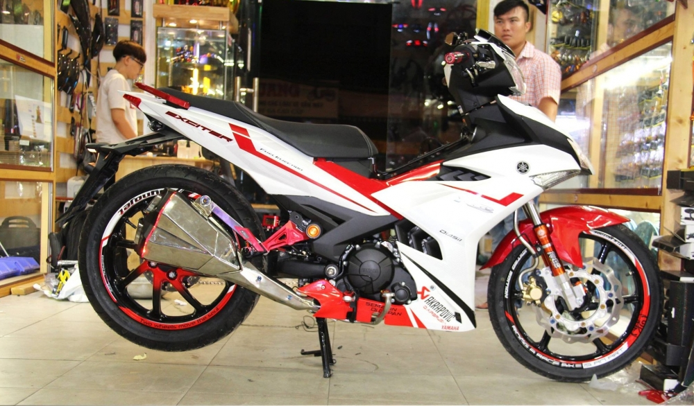 Exciter 150 do ham ho voi dan chan 1 gap cung cay sung Z1000