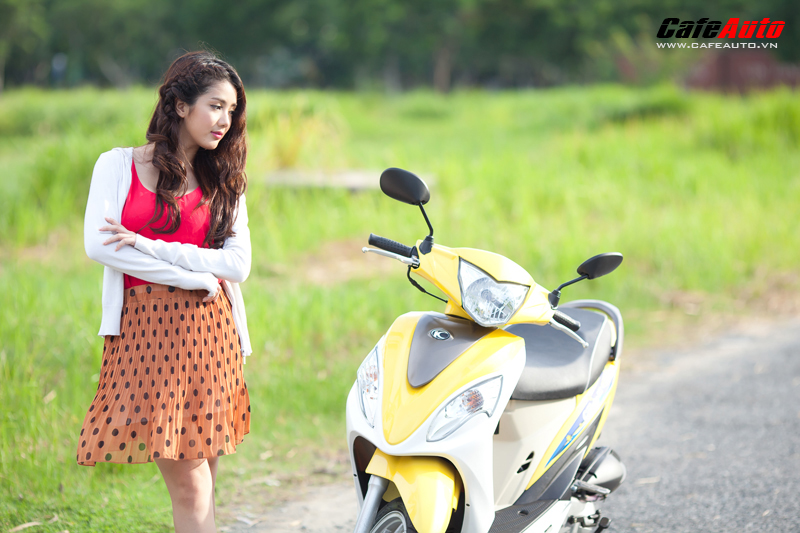 Kymco Candy 50 so dang cung hot girl Linh Napie - 6