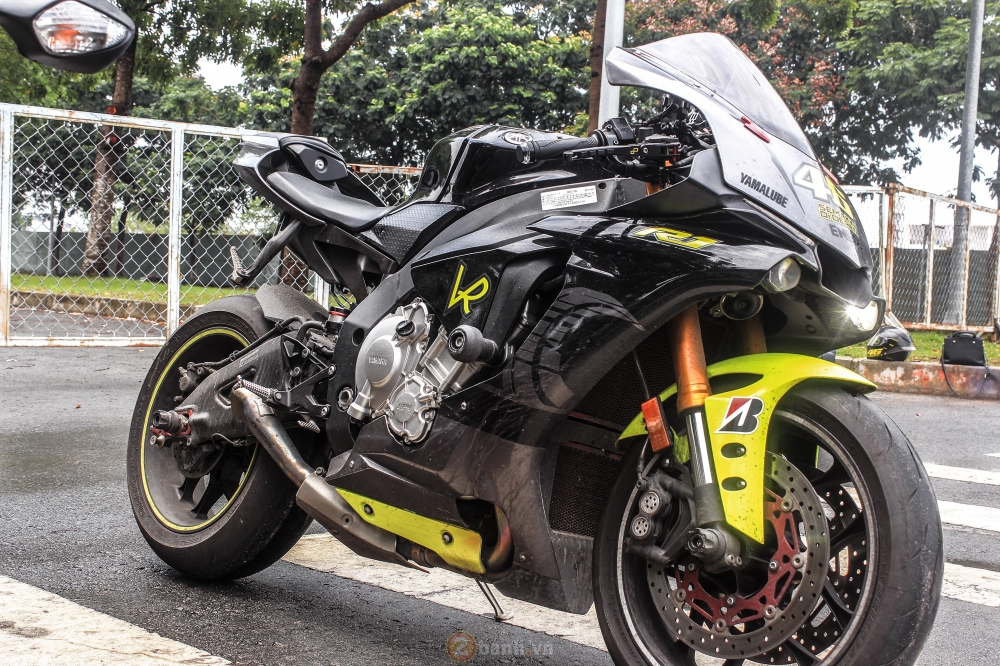 YZF R1 motor cramped Sieu With version VR46