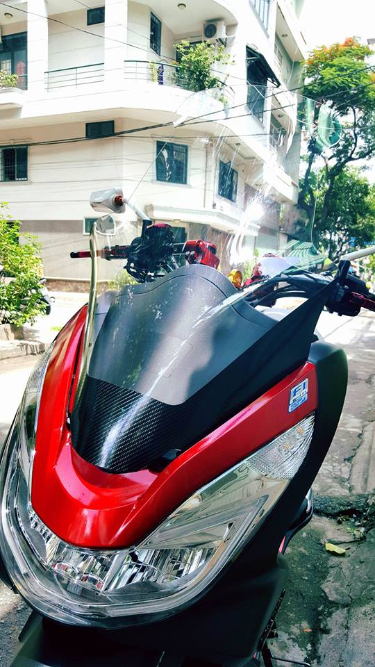 Super Scooter Honda PCX voi loat do choi noi bat - 2