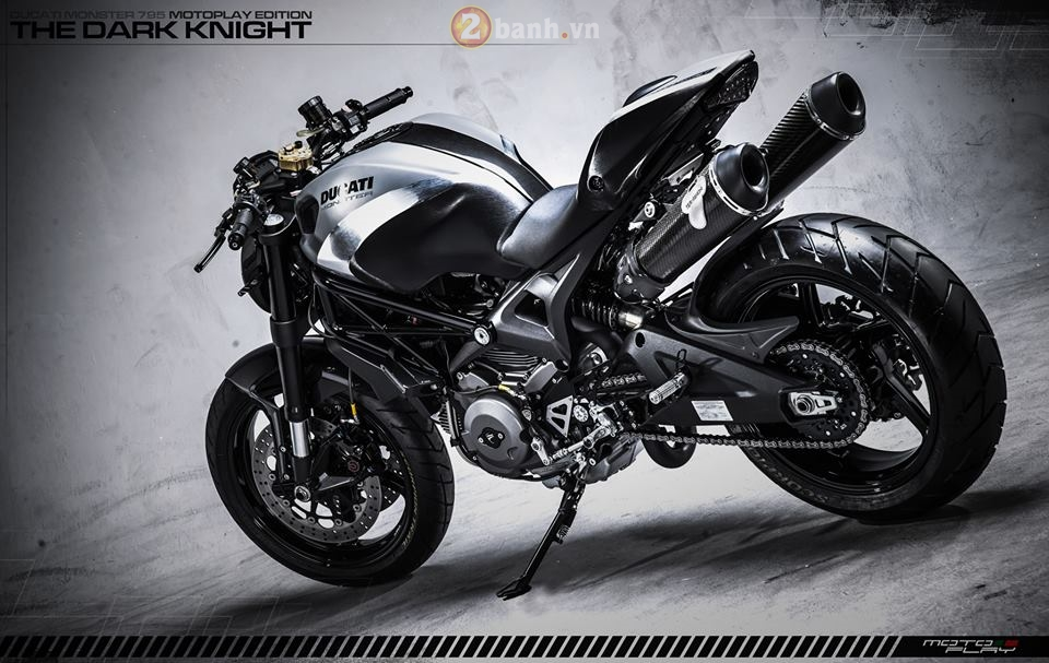 Ducati Monster 795 sieu ngau voi phien ban The Dark Knight - 4