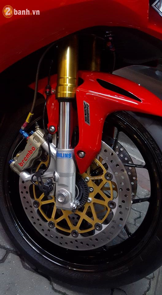 Honda CBR1000RR day tinh te cung dan option hang hieu - 6