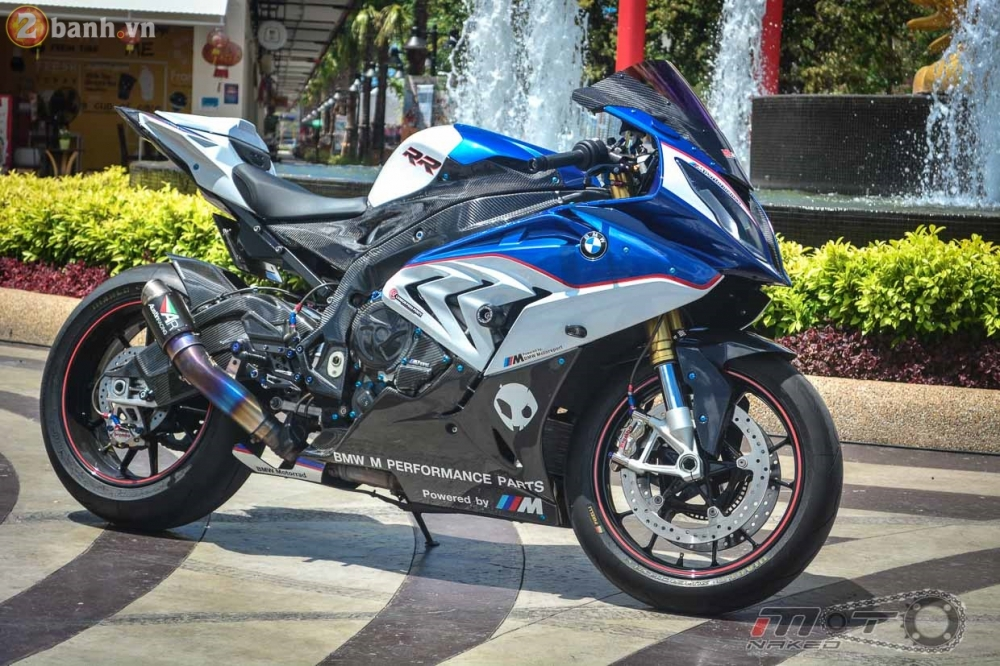 BMW S1000RR 2015 hut hon trong ban do cuc chat cua biker Thai - 2