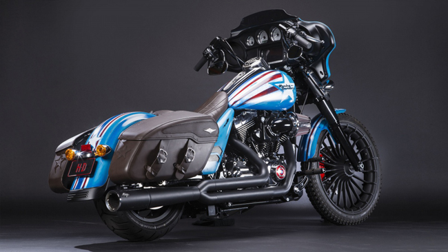 Can canh HarleyDavidson Street Glide Special phien ban Captain America - 4