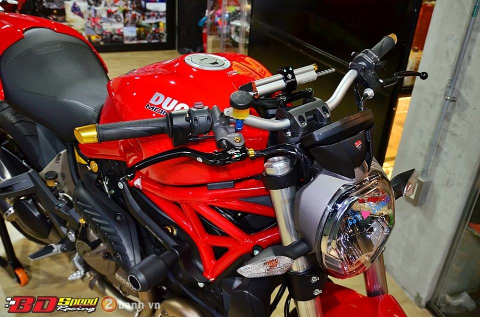 Ducati Monster 821 cuc chat ben dan do choi hang hieu - 3