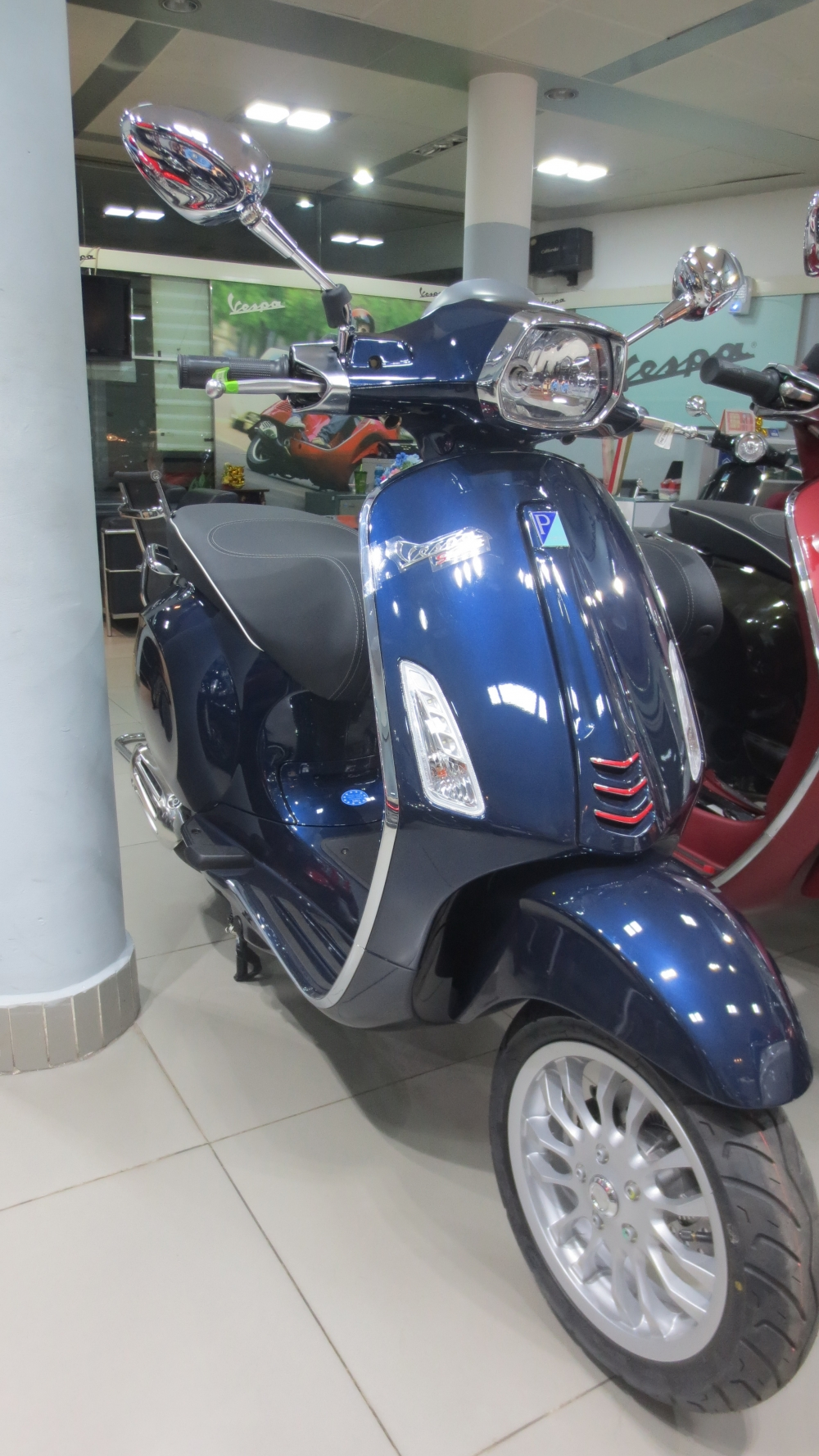 VESPA Sprint ABS chinh hang gia re nhat SG - 10