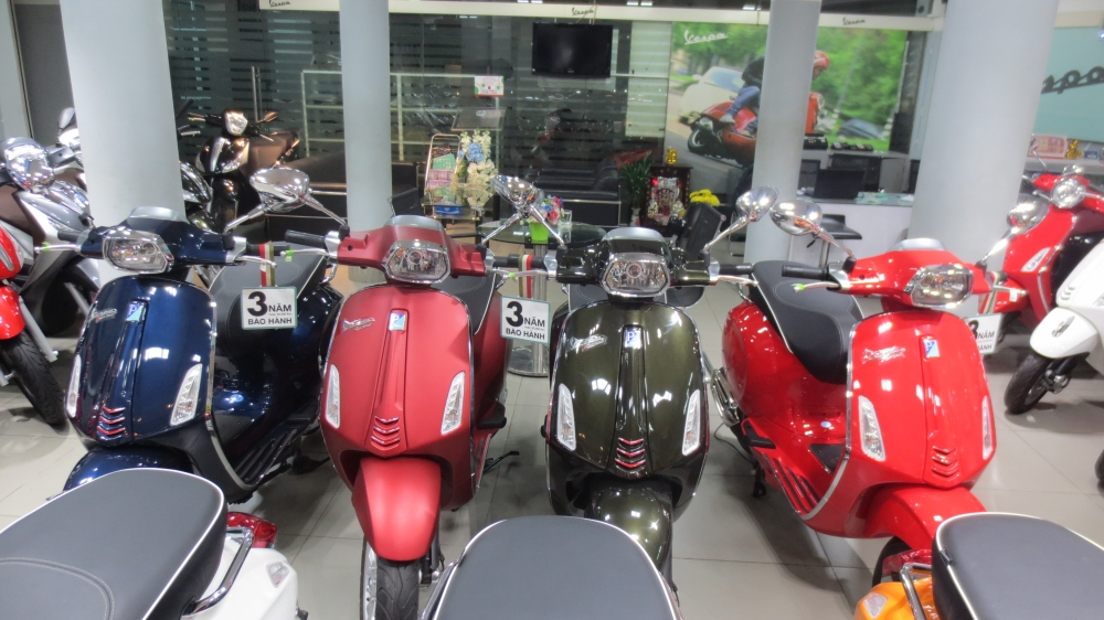 VESPA Sprint ABS chinh hang gia re nhat SG - 17