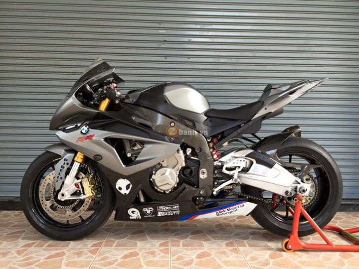 BMW S1000RR ban do don gian tu do chinh hang day chat luong - 2