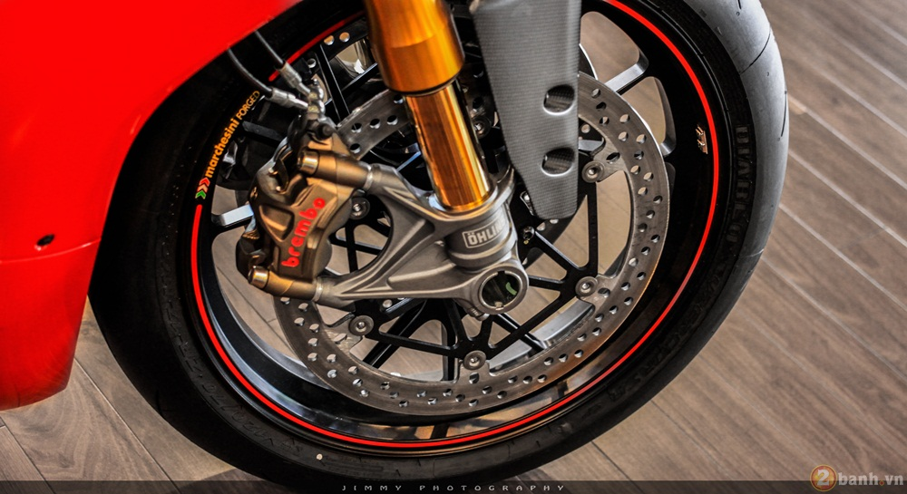 Chan dai Italy 1299 Panigale S chiec Super Sport gon nhe nhat hien nay - 5