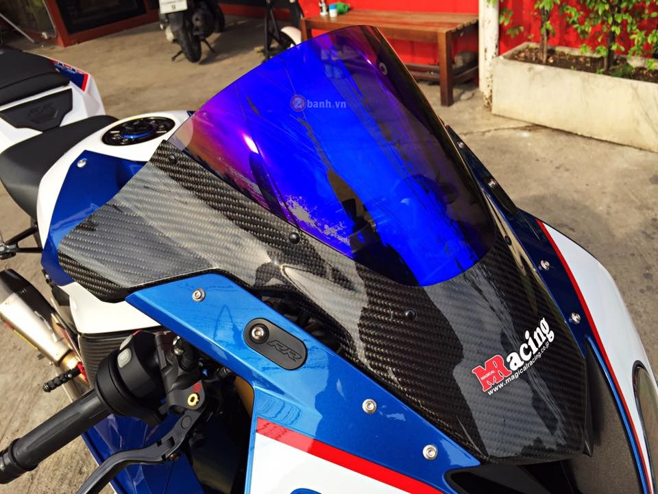 Day quyen ru voi ban do BMW S1000RR 2015 cua dan choi Thai - 3