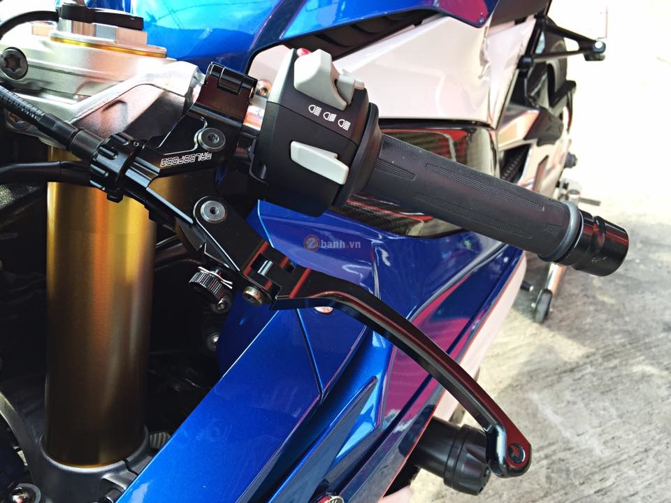 Day quyen ru voi ban do BMW S1000RR 2015 cua dan choi Thai - 5