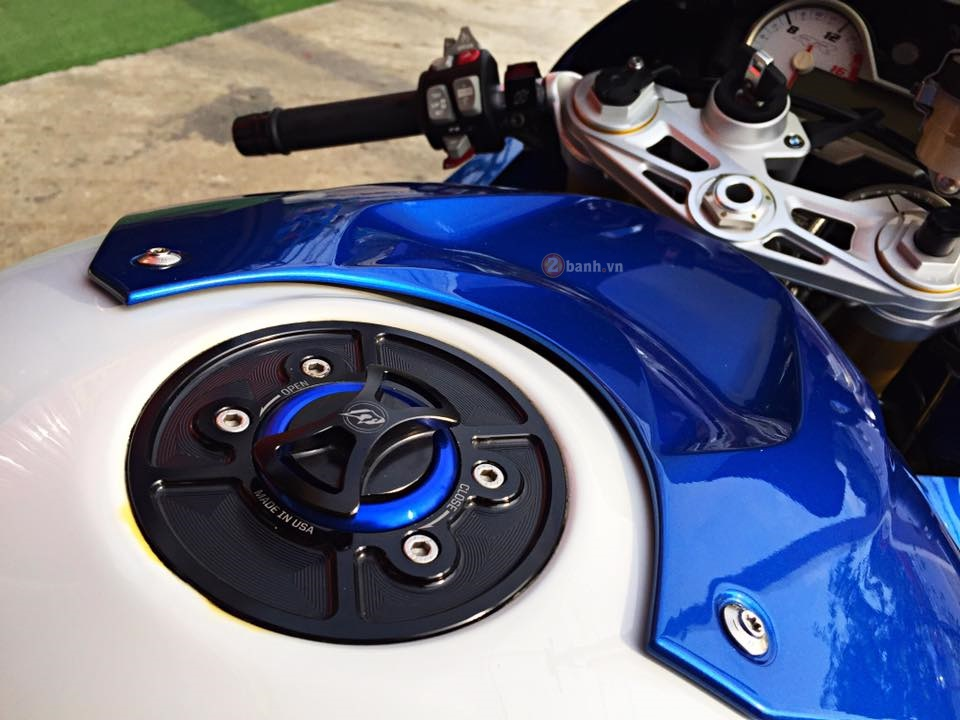 Day quyen ru voi ban do BMW S1000RR 2015 cua dan choi Thai - 7